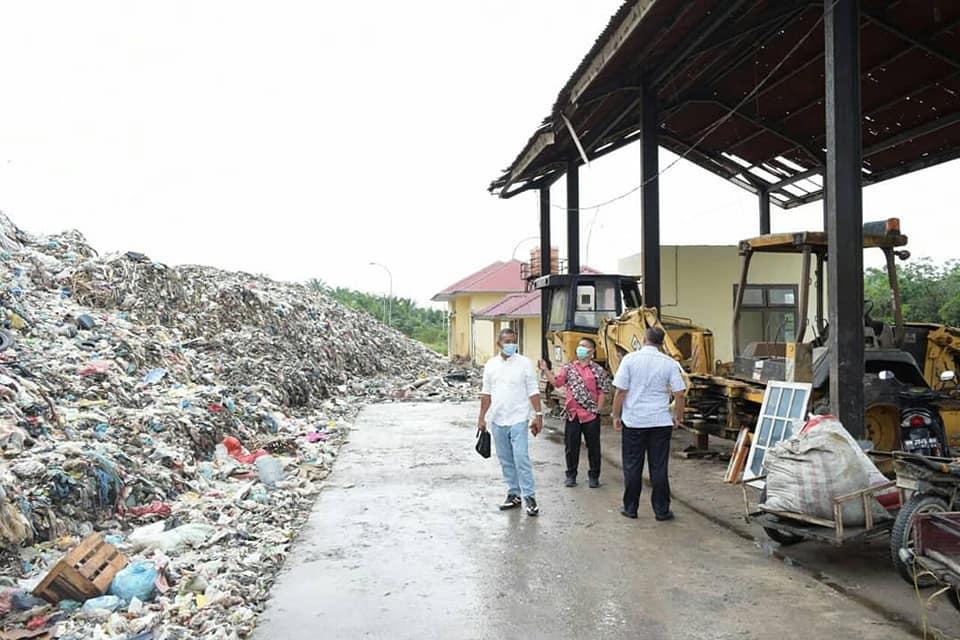 Hearing dan kunlap, Komisi IV DPRD Pekanbaru dan DLHK tinjau TPA Muara Fajar
