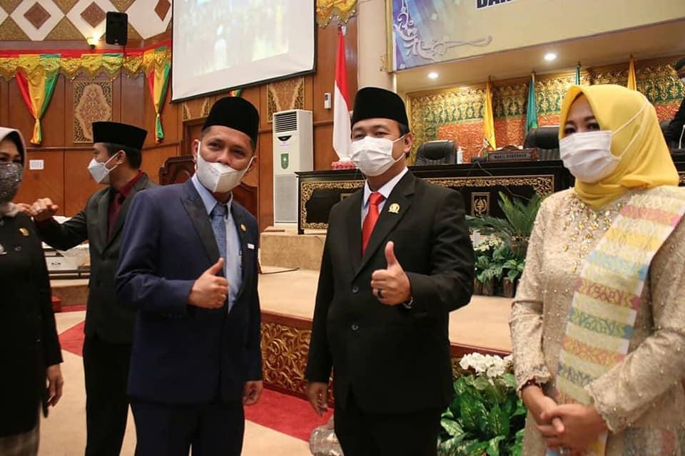 Memenuhi undangan, Pimpinan beserta Anggota DPRD Hadiri di Pelantikan Pimpinan DPRD Provinsi Riau