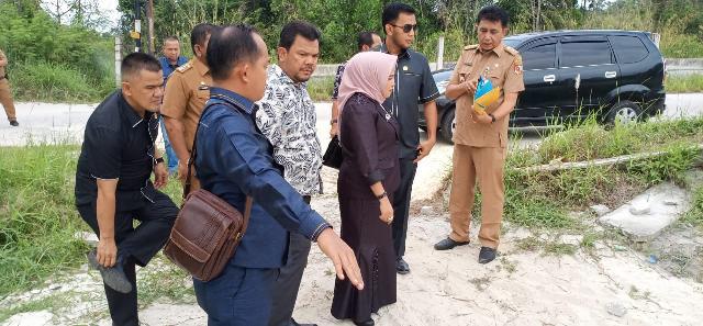 Komisi I DPRD Pekanbaru Tinjau Langsung Sungai Sibam yang Terus Mengalami Pendangkalan