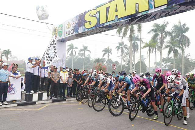 Diikuti Dua Belas Negara, Event Balap Sepeda Internasional Tour de Siak Tahun 2019 Berlangsung Sukses