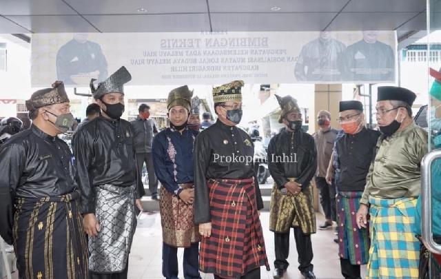 Bupati HM.Wardan Hadiri Sosialisasi Muatan Lokal Budaya Melayu Riau