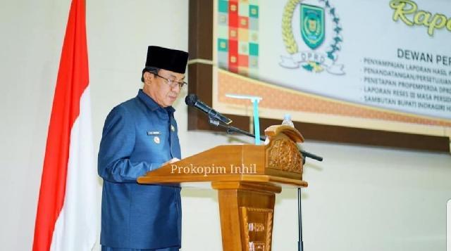 Bupati HM Wardan Hadiri Paripurna, Lakukan Penandatanganan KUA & PPAS APBD T.A 2021 Bersama Pimpinan DPRD